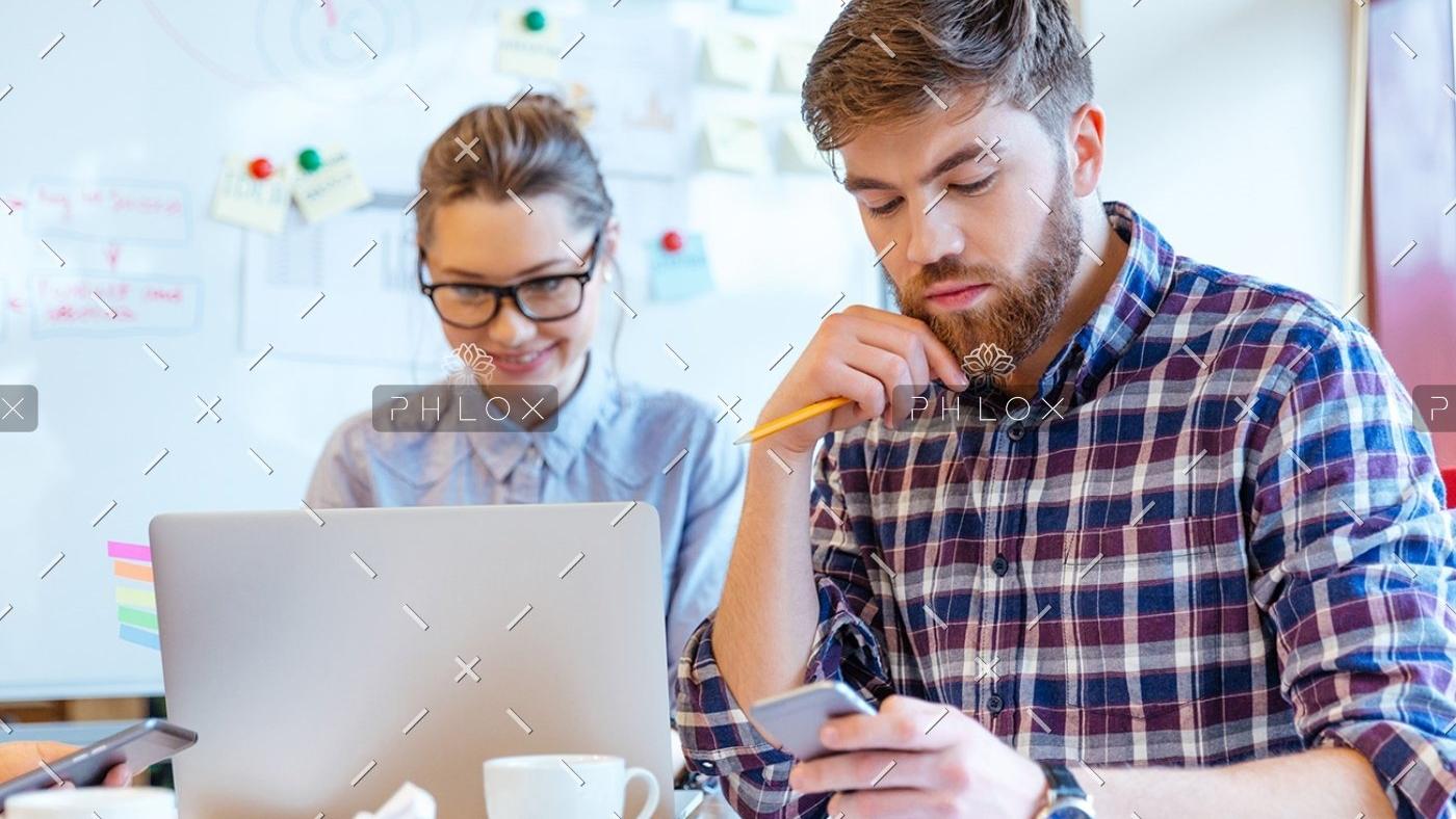 people-working-in-office-P3DBYE3-1